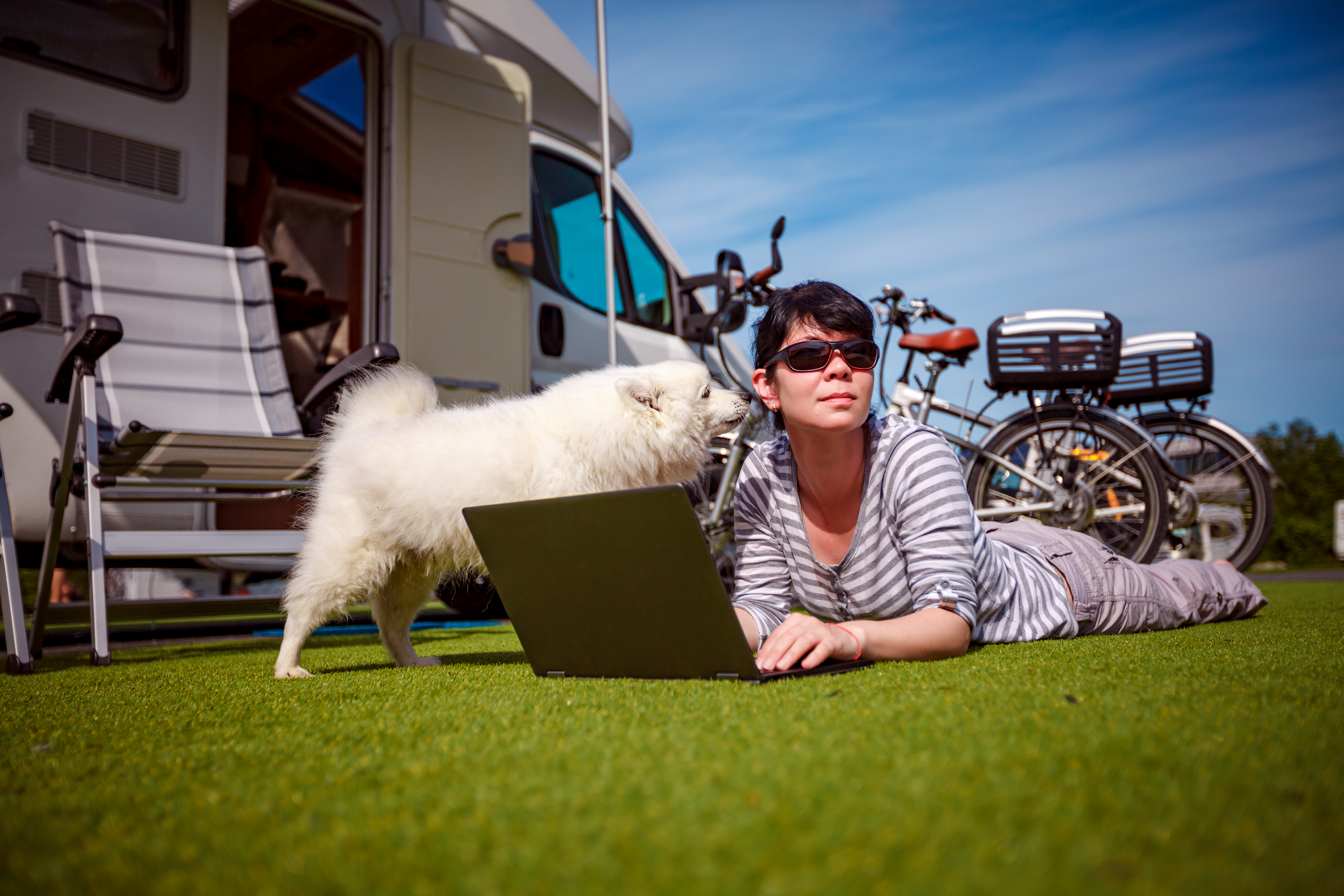 Kontakt Campingmaeglerne
